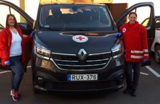 A Renault Hungária is harcba szállt a COVID-19 ellen