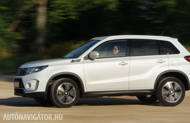 Sláger marad – Suzuki Vitara Hybrid 2WD GLX teszt