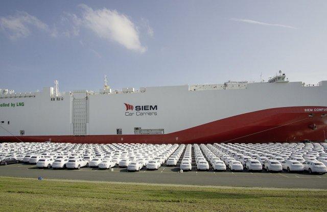 A világ első földgázos autószállító hajója a Volkswagené