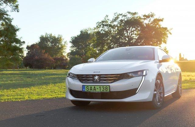 Meghozza a kedvet – Peugeot 508 Hybrid teszt
