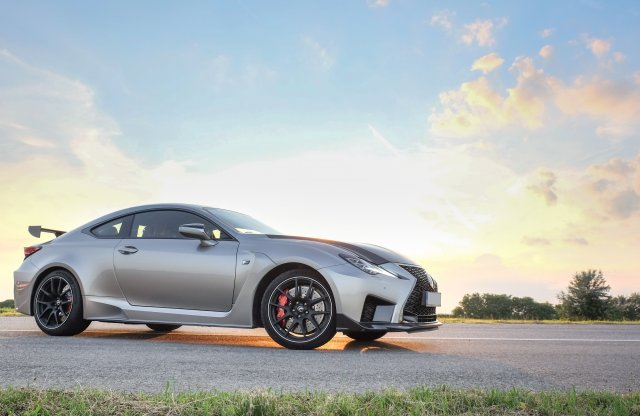 Majd, ha megértél rá – Lexus RC F Track Edition