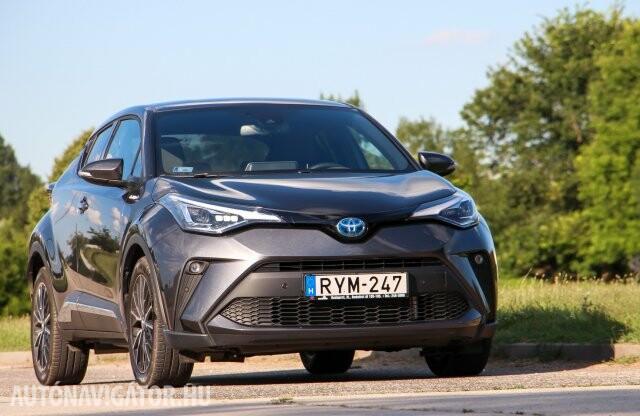 Takarékos autó is lehet vagány? Toyota C-HR 1.8 Hybrid teszt