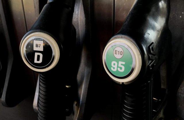 Még olcsóbb lesz a benzin és a gázolaj is