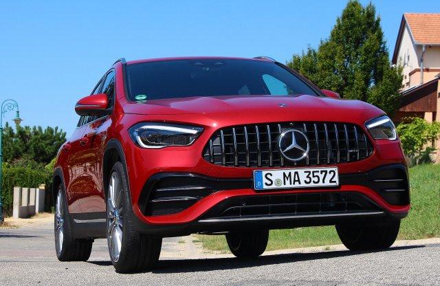Sportbakancs – Mercedes-AMG GLA 35 4MATIC menetpróba