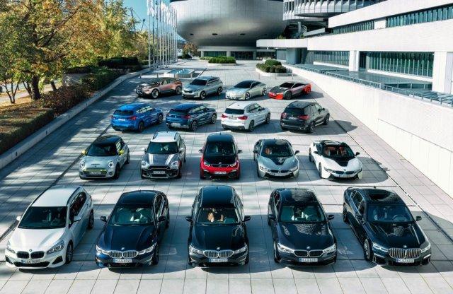 Konnektoros nagyhatalom a BMW?