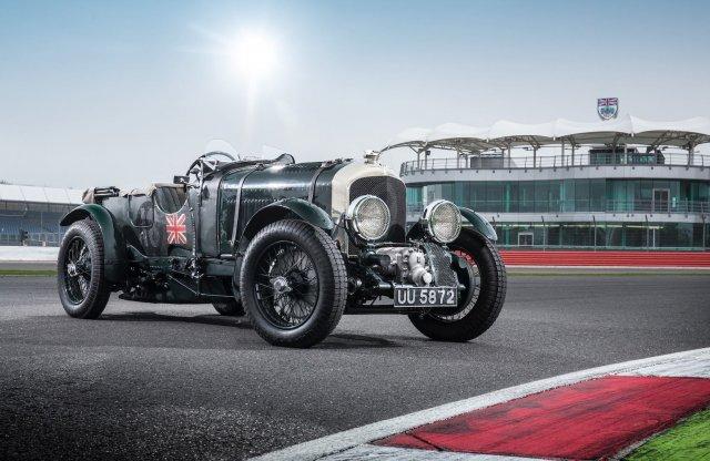 90 éves tervek alapján készül az új Bentley