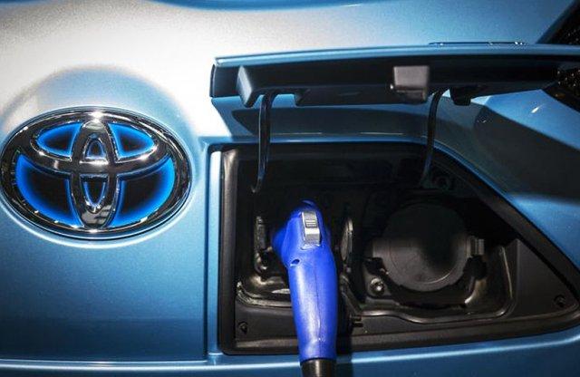 Öt év múlva jöhet a Toyota csoda-akksija
