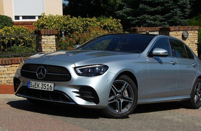 A jóból nem árt a sok – Mercedes-Benz E 450 4MATIC EQ Boost