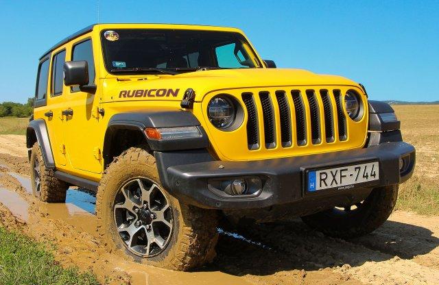 Benzinmotorral is mindenen átmegy – Jeep Wrangler teszt