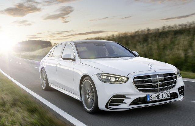 Megérkezett a luxusautók ikonja, az új Mercedes S-osztály