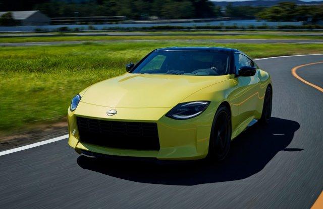 Ütős retró mixként érkezett az új Nissan Z sportkocsi