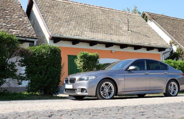 Váltanál kézzel egy ilyen 5-ösben? – BMW 520d, 2017