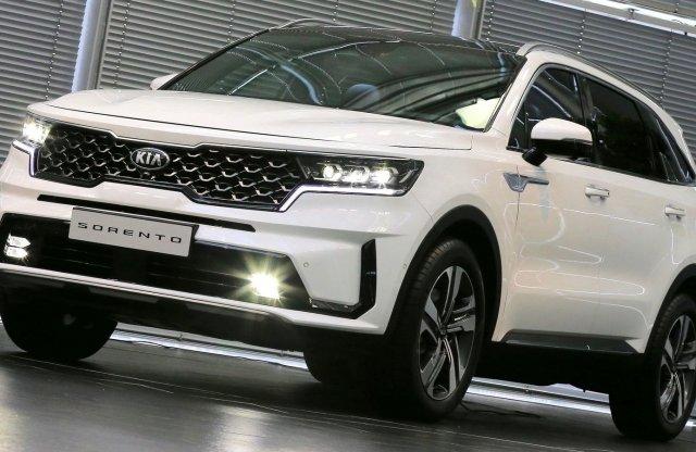 Mutatjuk az új, óriás Kia SUV hazai árait