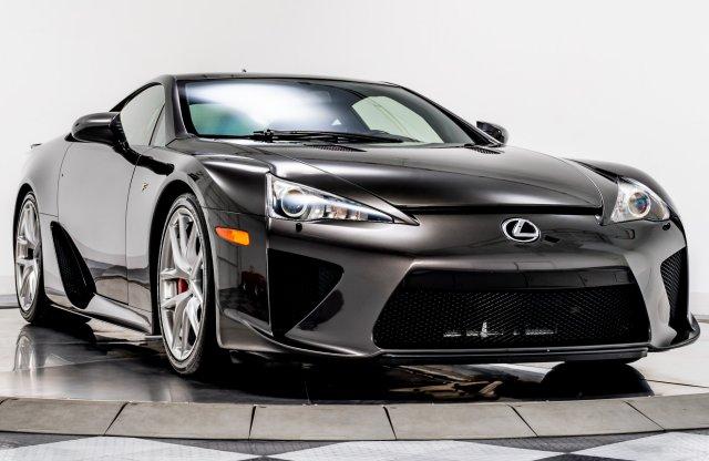 Ez az autó még jó befektetés is lehet, ugyanis nincs párja!