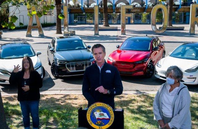 Csak elektromos autókat fognak eladni Kaliforniában