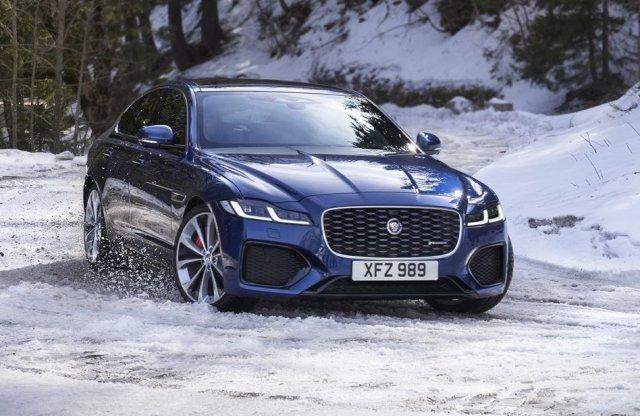 Lágy hibrid hajtáslánccal frissült a Jaguar XF és az XE is