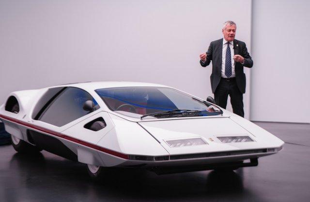 Felnyalható változat készült a legkülönlegesebb Ferrariból