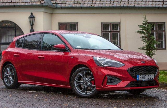 Itthon a lágy hibrid Ford Focus és Fiesta!