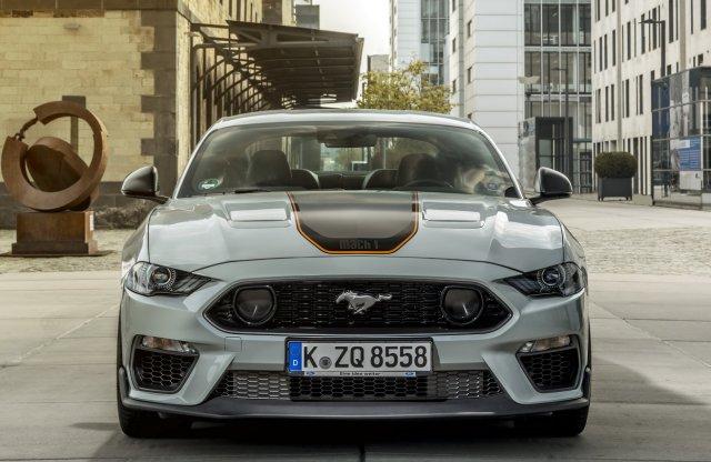 460 lóerővel érkezik Európába a legélesebb gyári Mustang