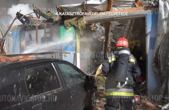 Videó: így nézett ki a felrobbant autószerviz oltása
