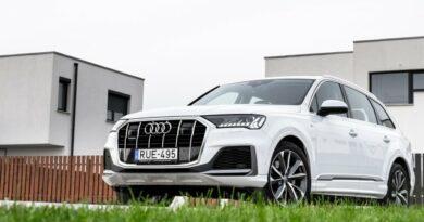 Baj van a részeg rohamosztagossal? Audi Q7 50 TDI
