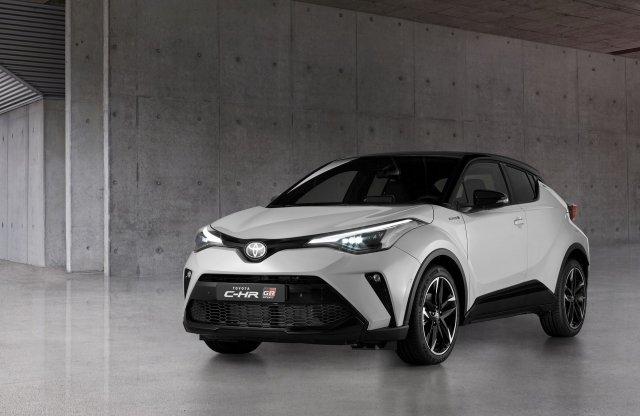 Már látható, milyen lesz a sportosított Toyota C-HR