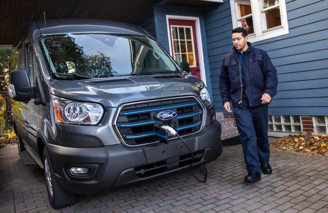 Erőt és hatótávot is bőven hoz a Ford E-Transit