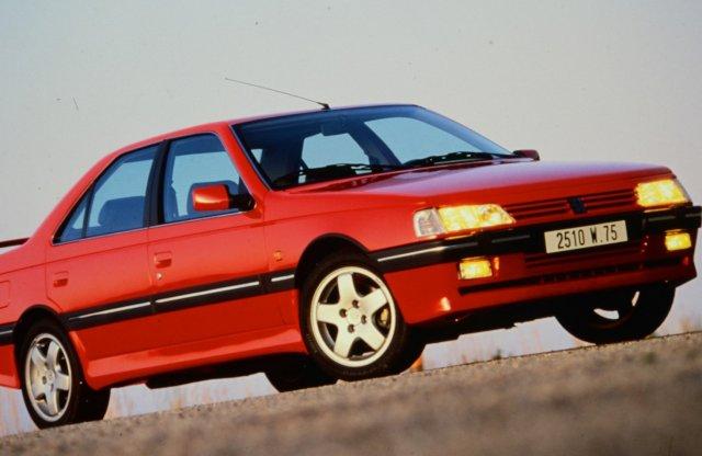Ilyen volt a középkategóriás Peugeot-ok csúcsa 30 éve