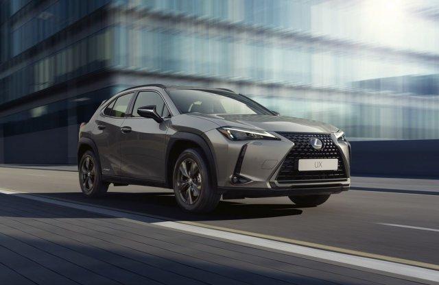 Sportos stílusban is elérhető lesz a Lexus UX