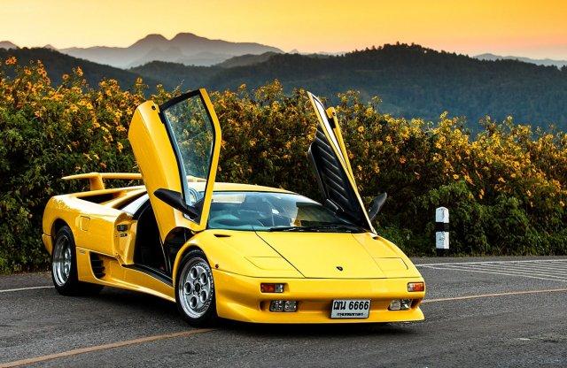 Született poszterautó – 30 éves a Lamborghini Diablo