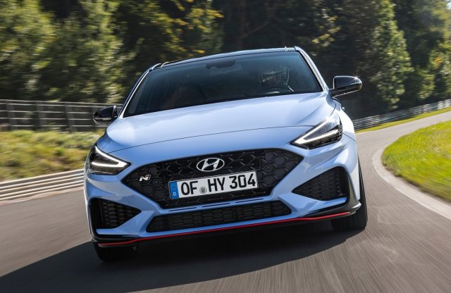 Nagyobb motort kaphatnak a sportos Hyundaiok