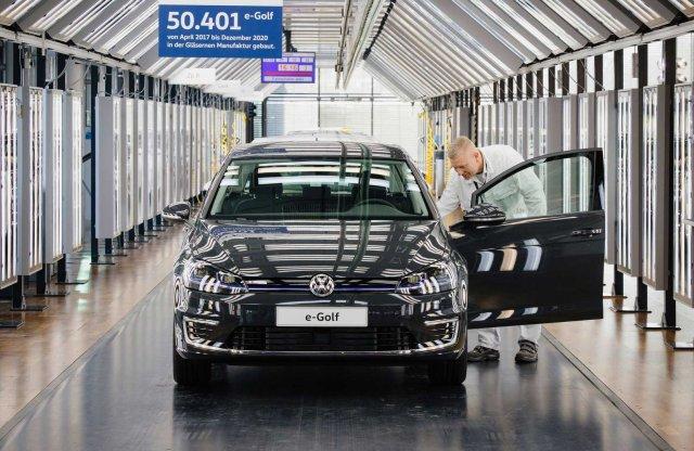 Befejeződött az elektromos Volkswagen Golf gyártása