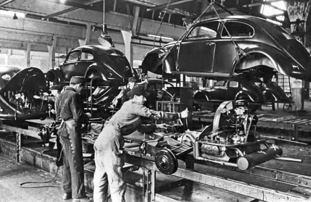 75 éve lett valóban népautó a Volkswagenből