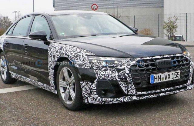 Egyszerre takargatja mindkét frissített arcát a 2022-es Audi A8