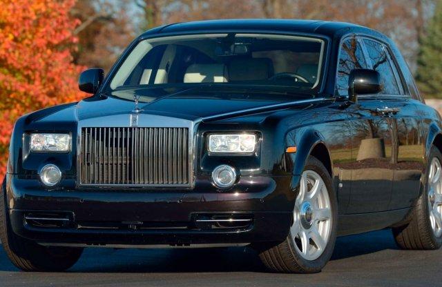 Eladó Trump egykori Rolls-Royce Phantomja