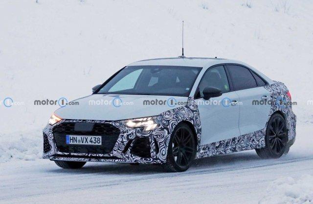 Érkezik az új Audi RS3, már a Quattro hajtását tesztelik a hóban