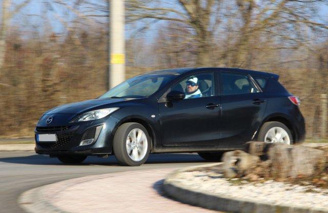 Milyen rozsda? – Mazda3 2.0 DISI, 2010 – használtteszt