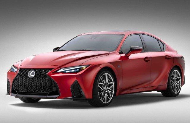 A Lexus kitart az 5,0 literes V8-as blokk mellett