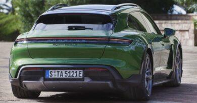 Bemutatták a Porsche legújabb kombiját