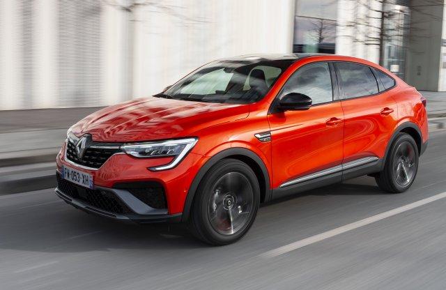 Már a Renault-nak is van terepkupéja