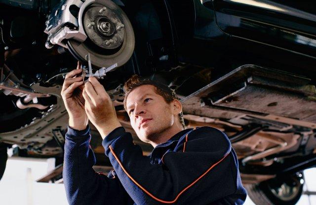 Az autószervizek a működésükkel segíthetik a védekezést