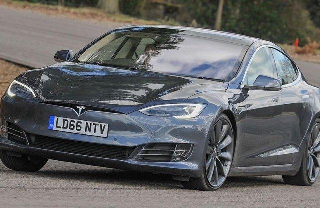 Hatótávpara? Íme a top 10 legmesszebbre jutó elektromos autó!