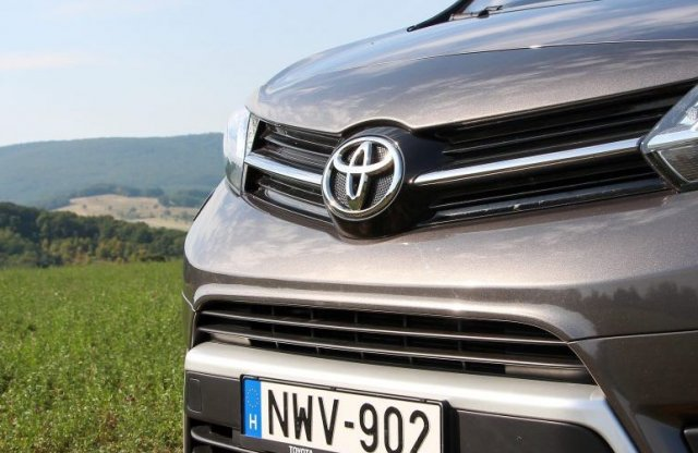 Új márka vezeti a nagycsaládos autók eladását