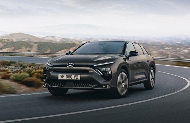Minek nevezzelek? – Bemutatták az új Citroën C5 X-et!