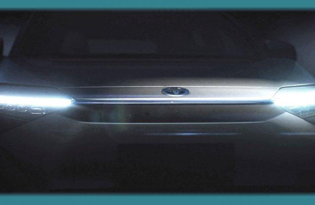 Kíváncsi vagy az új elektromos Toyotára? Az orrát már láthatod!