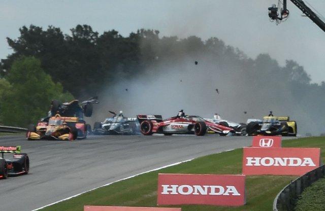 Hatalmas balesettel kezdődött az IndyCar szezon
