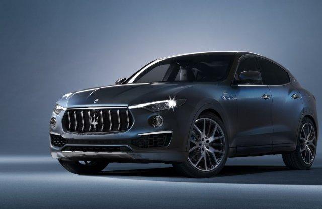 Már hibrid SUV-ja is van a Maseratinak