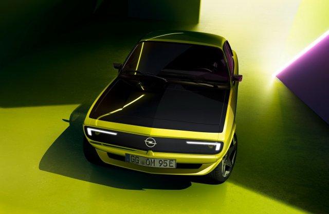 Visszatérhet az Opel Manta, de már elektromos hajtással