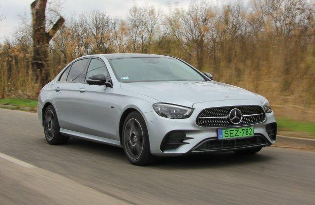 Mindig tökéletesnek kell lennie – Mercedes-Benz E 300e teszt