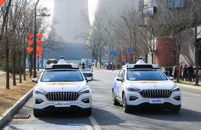 Kínában már a taxik is önvezetnek